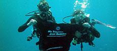 No troubles just bubbles T shirt underwater